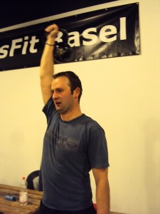 Matthias doing a Kettlebell Snatch