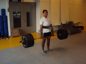 Andre doing a deadlift