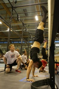 Claudio: Locking out a Handstand Push-up